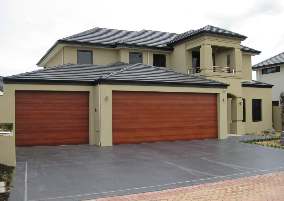 Sectional garage doors kss thailand for Garage doors styles